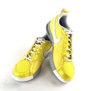 NIKE AIR FLYWIRE Women's Yellow Training Shoes 7.5